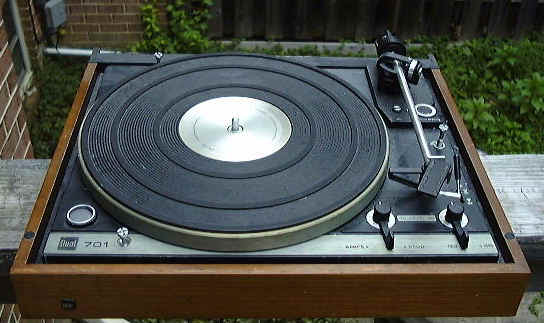 Dual 701 Turntable for Sale http://www.vinylengine.com/turntable_forum/viewtopic.php?t=27341